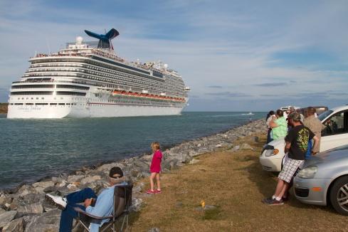 CruiseShip_1
